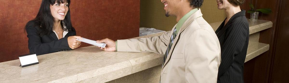 formation remuneree receptionniste